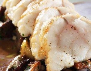 Prøv også Breiflabb med stekt sopp og rødvinsaus.
