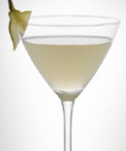Bilde av LEVEL martini with pear.