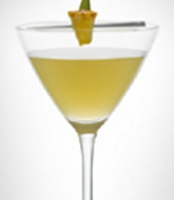 LEVEL Martini with pineapple oppskrift.