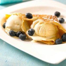 Prøv også Pannekaker med is og blåbær.