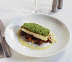 Prøv også Ovnsbakt Norsk Kveite med grønt urtelokk.