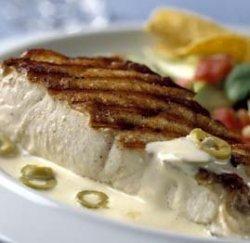 Prøv også Grillet eller stekt Norsk Kveite med salsa og majonessaus.