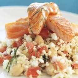 Prøv også Stekt laks på bulgursalat med tomat og kikerter.