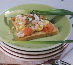 Prøv også Stekt egg og reker på toast.