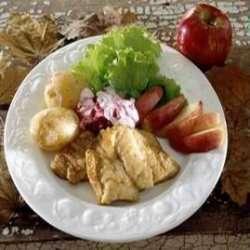 Seibiff med stekte epler og tyttebærkrem oppskrift.