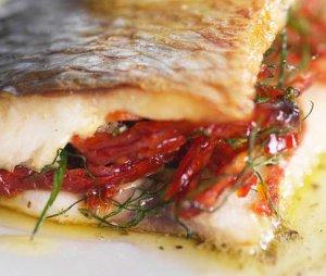Prøv også Stekt sild med dijon-og tomatfyll.