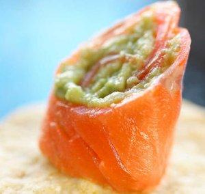 Prøv også Røykt ørret med guacamole på nacho chips.
