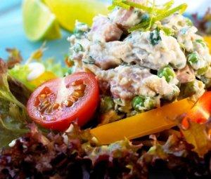 Prøv også Kylling- og skinkesalat med kesam.