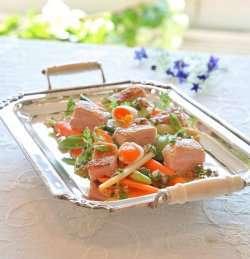 Prøv også Sprøstekte kyllinglår med tidliggrønnsaker og vaktelegg.