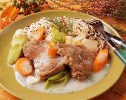 Lammefrikasse med høstens grønnsaker oppskrift.