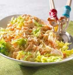 Les mer om Salat med kål og selleri hos oss.