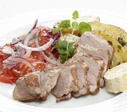 Try also Vitakrydret svinefilet med tomatsalat.