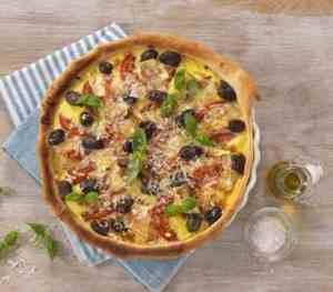 Pai med tomater og brie oppskrift.