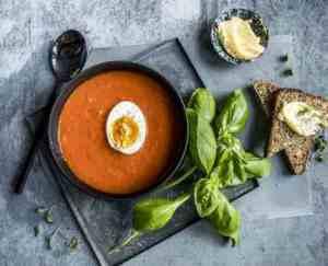 Prøv også Tomatsuppe med kokt egg.