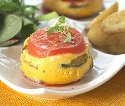 Prøv også Tomat og squash timbaler med salat og stekte potetbåter.