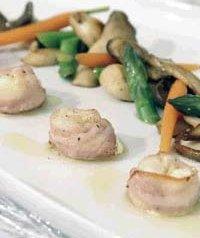 Prøv også Chèvreost i bacon med soppsalat.