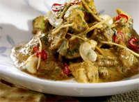 Prøv også Bombay wok med kokosmelk, cashewnøtter og østens koriander.