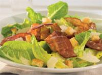 Caesarsalat med bacon oppskrift.