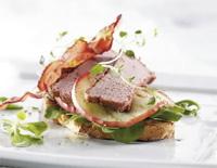 Prøv også Leverpostei på bruschetta med bacon og grillede epleskiver.