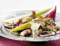 Prøv også Strimlet svinekjøtt med mozzarellasalat.