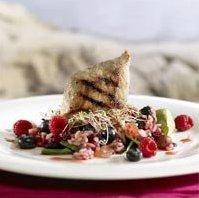 Prøv også Marinert svinebiff med villris- og bringebærsalat.