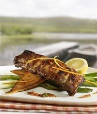 Prøv også Marinerte Spareribs med grillet søtpotetsalat og tomatsalsa.