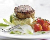 Prøv også Salviemarinert ytrefilet med potet- og selleristappe og ovnsbakte cherrytomater.