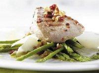 Prøv også Skinkebiff i hvitløk og chilimarinade med grillet asparges og parmesan.