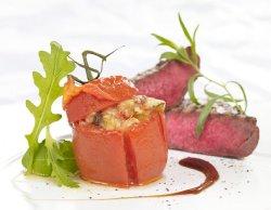 Fylte tomater med Ratatouillefyll oppskrift.