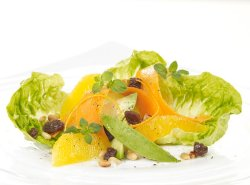 Prøv også Salat med høvlet gulrot.