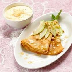 Prøv også Kokospannekaker med råkrem.