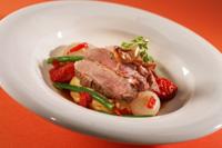 Prøv også Lammebiff med fennikel og aspargesbønner på polenta med piquillossjy.