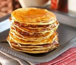 Prøv også Pancakes (pannekaker med lønnesirup).