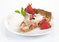 Prøv også Rabarbra og jordbær terte.