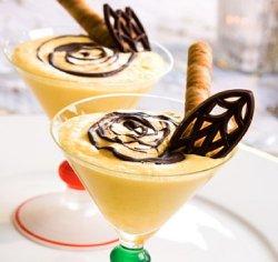 Prøv også Hvit sjokolademousse.