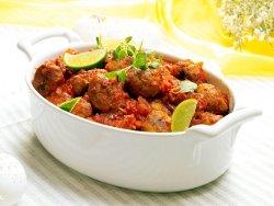 Prøv også Krydrete kjøttboller i tomatsaus.