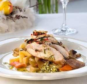 Prøv også Røkt kyllingbryst med potetmos og rotgrønnsaker.