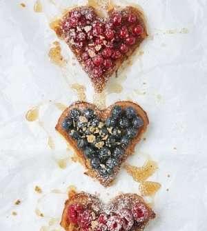 Prøv også Cornflakesvafler med sommerbær og honningsaus 1.