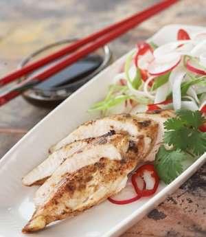 Prøv også Thaistekt kylling med nudelsalat.