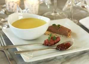 Prøv også Squash- og løksuppe med kyllinglevermousse og løkmarmelade.