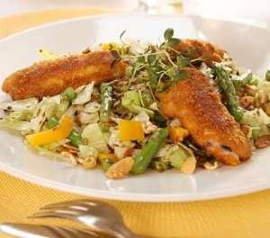 Prøv også Krydderpanerte kyllingvinger på stekt nudelsalat.