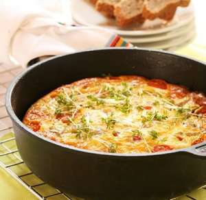 Frittata med artisjokk, tomat og squash oppskrift.