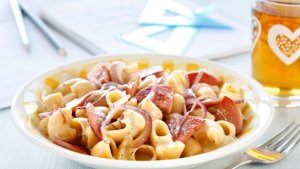 Prøv også Kremet pasta med falukorv.