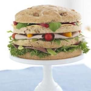 Les mer om Bakerens gigantiske pikniksm�rbr�d hos oss.