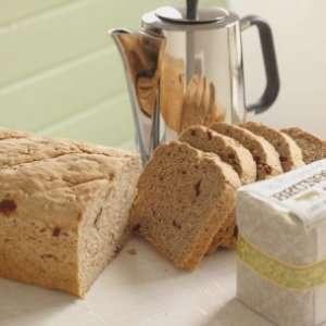 Prøv også Byggbrød med tranebær og hasselnøtter.