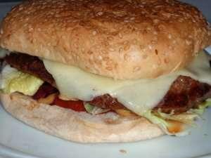 Prøv også Hjemmelagde hamburger- og pølsebrød.