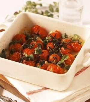 Prøv også Ovnsbakte cherrytomater med urter.
