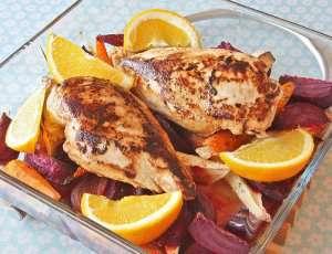 Kyllingfilet med appelsin og ovnsbakte rotgrønnsaker oppskrift.