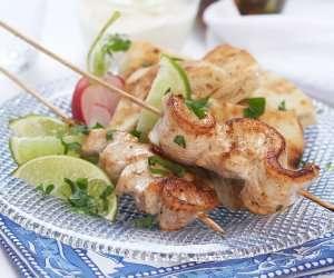 Prøv også Kyllingfilet på spidd med agurksalat og nanbrød.