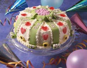 Fødselsdagskake for prinser og prinsesser oppskrift.
